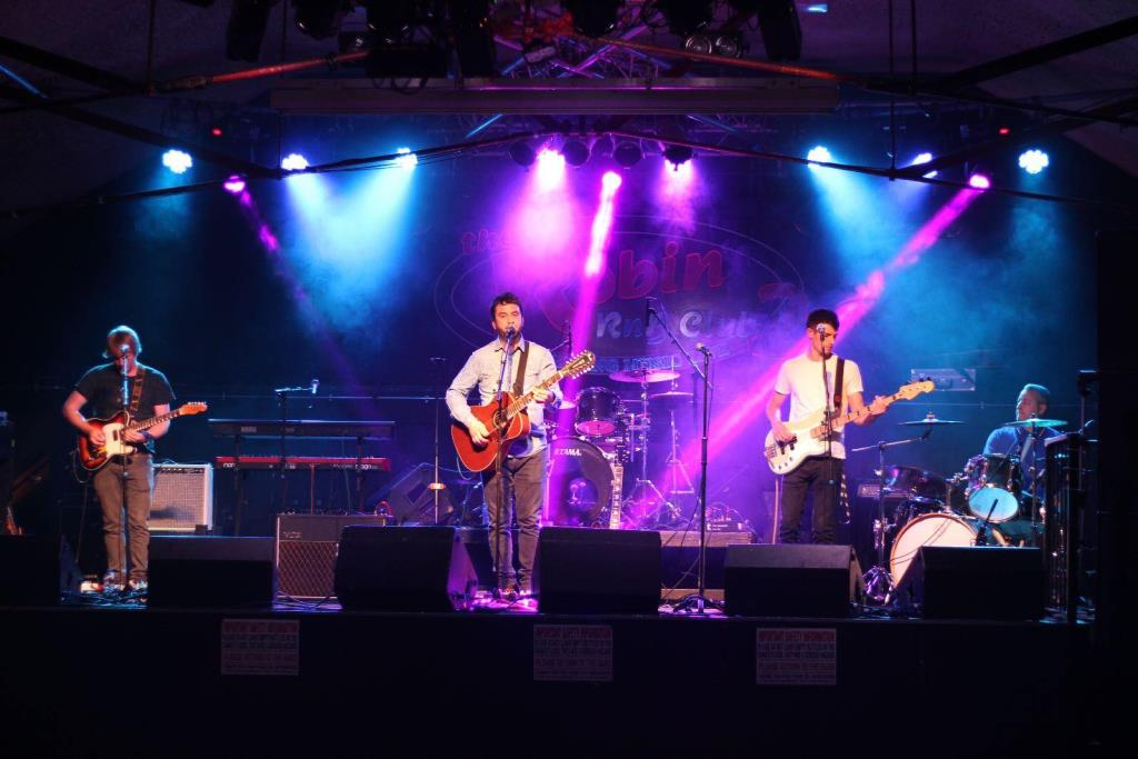 Bryn Teeling & The River Thieves